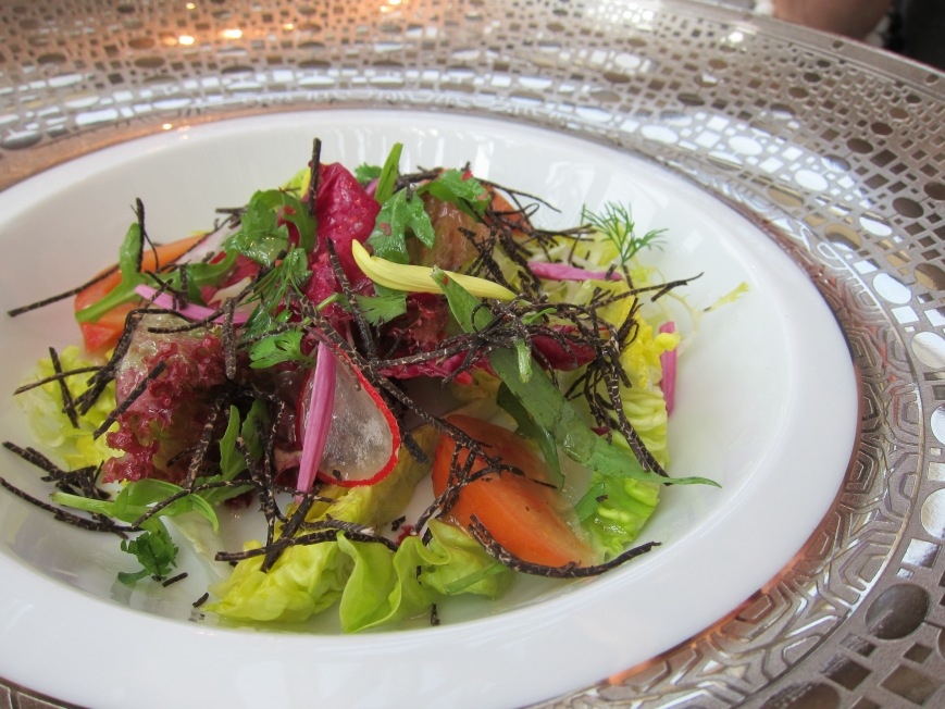 The vegetarian starter - mixed salad with black truffle
