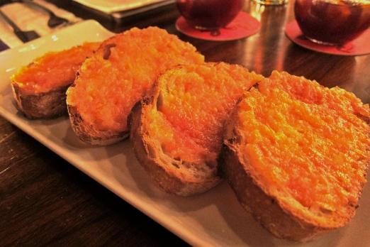 Pan y Tomate