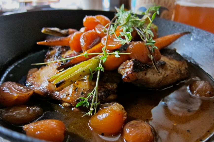 Free Range Charred French Half Chicken, Baby Carrots, Pearl Onions HK$180