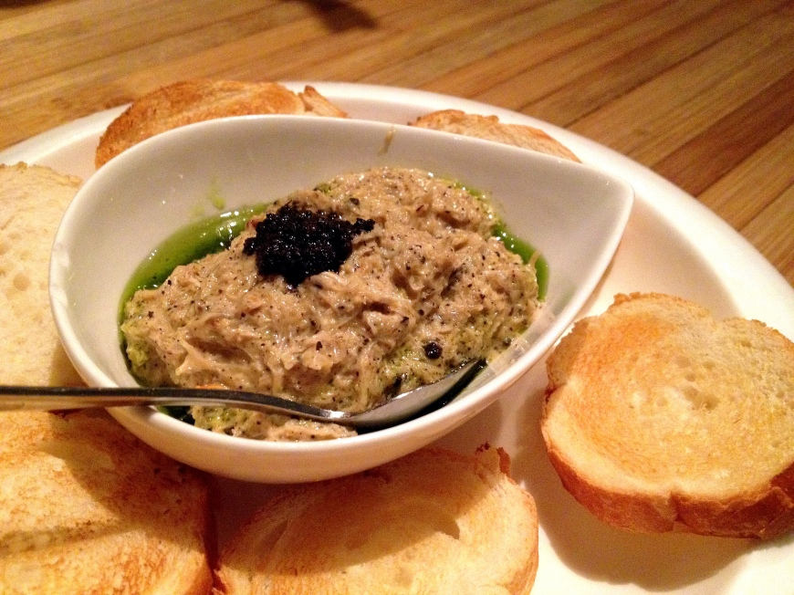 Black Truffle Crab Dip: wild caught crab, black truffle, garlic cream, crostini HK$128